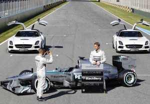 MERCEDES-AMG-PETRONAS-Jerez-2013-Launch-F1-W04-Nico-Rosberg-Lewis-Hamilton