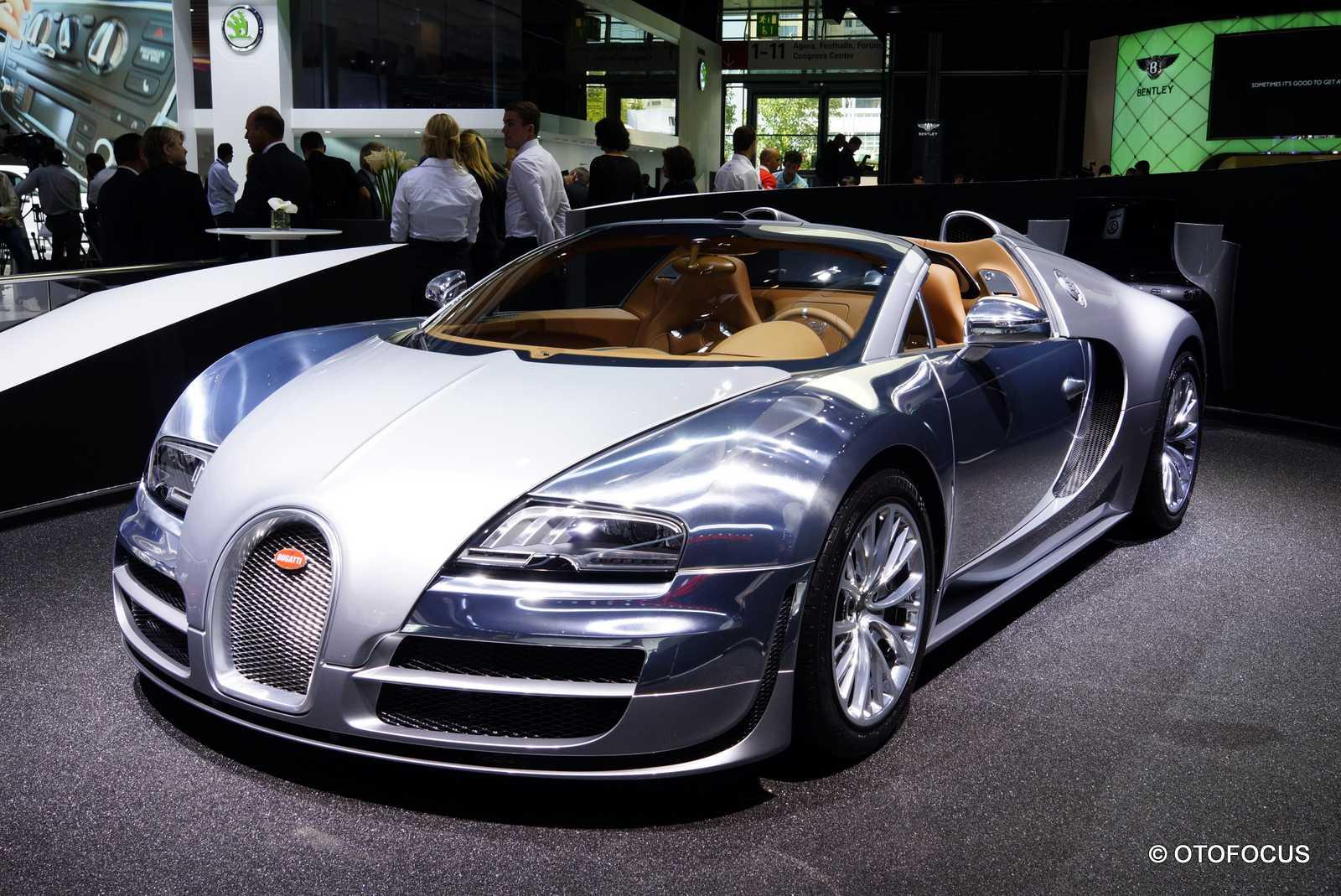 2013-Frankfurt-Motor-Show-Bugatti
