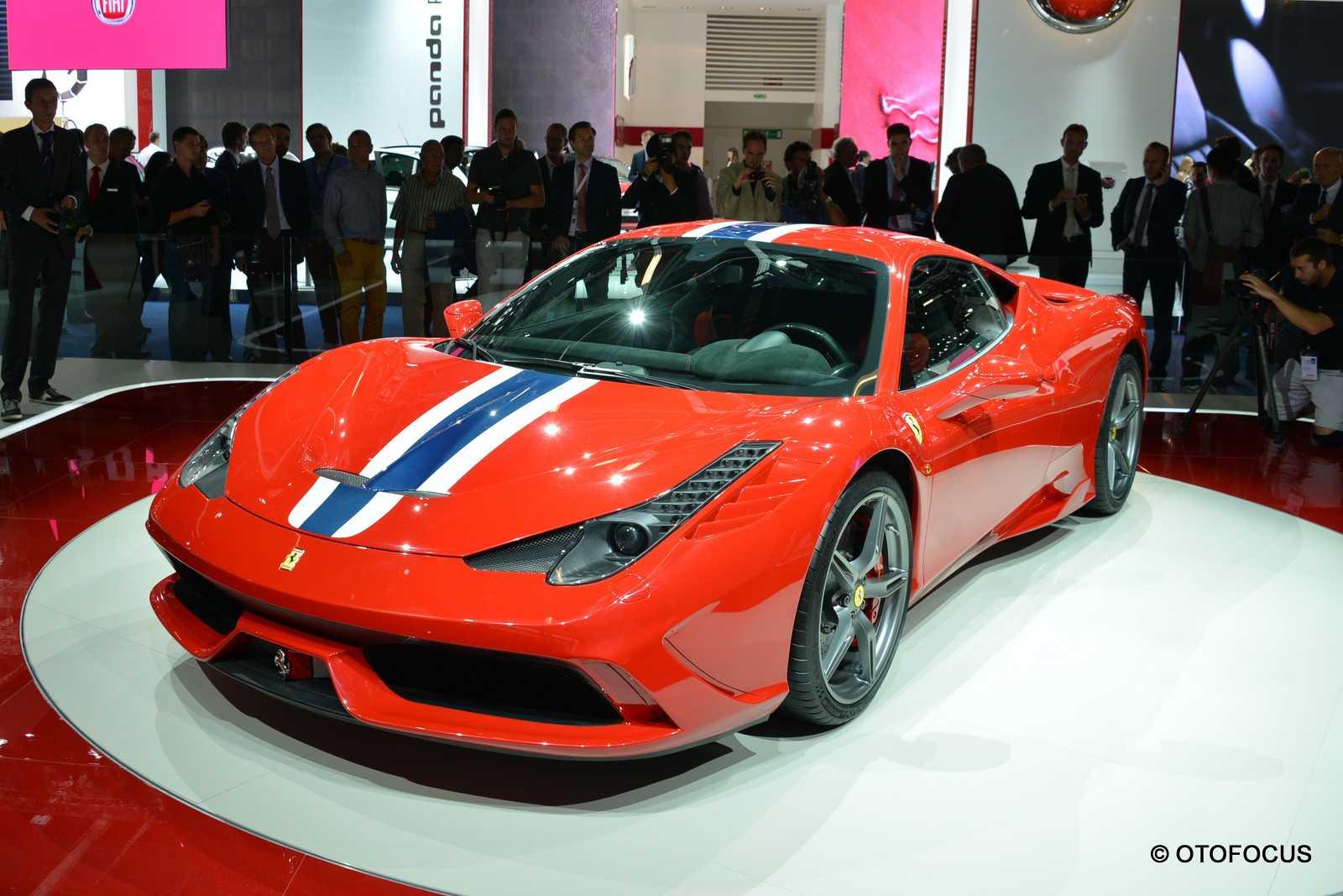 2013-Frankfurt-Motor-Show-Ferrari 458 Speciale 4